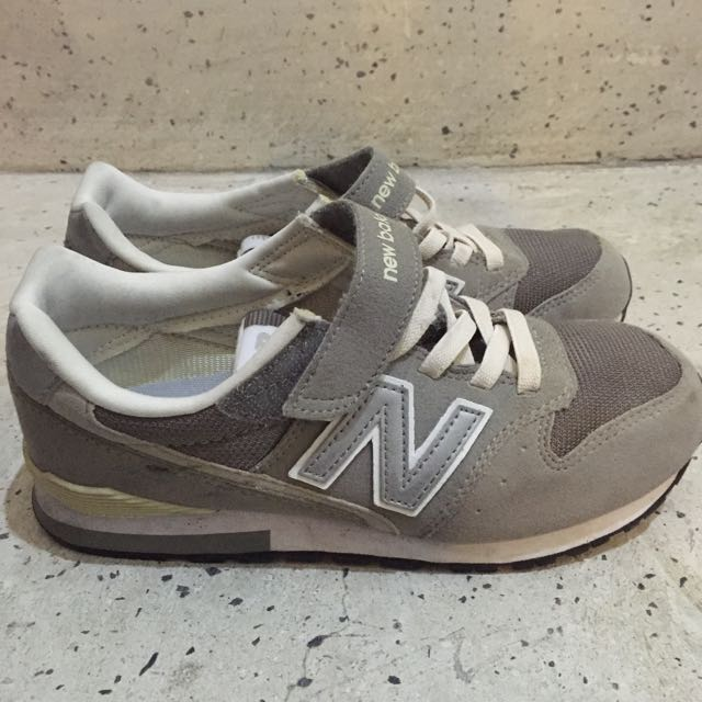 NB574灰色魔鬼氈21cm(適合22.5-23)