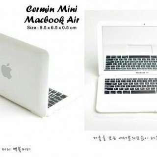 Cermin Mini Macbook Air