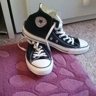 Black Converse Men's Size 10