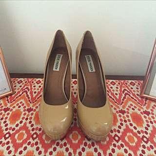 Steve Madden Pump/Heels (Size 10/41)