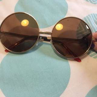 Gold Circular Sunglasses