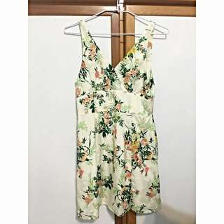moussy夏威夷渡假風⛱️花洋裝