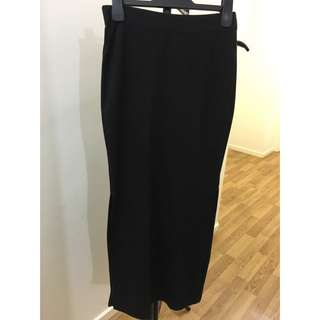 Black Side-Split Skirt