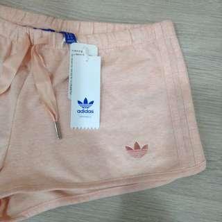 全新 Adidas 粉色刺繡渲染短褲 運動褲