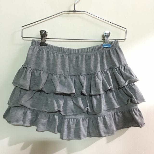 清爽灰蛋糕褲裙