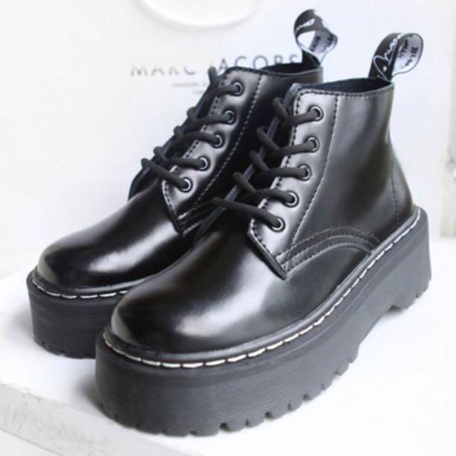 💙💙 英倫增高厚底馬丁靴