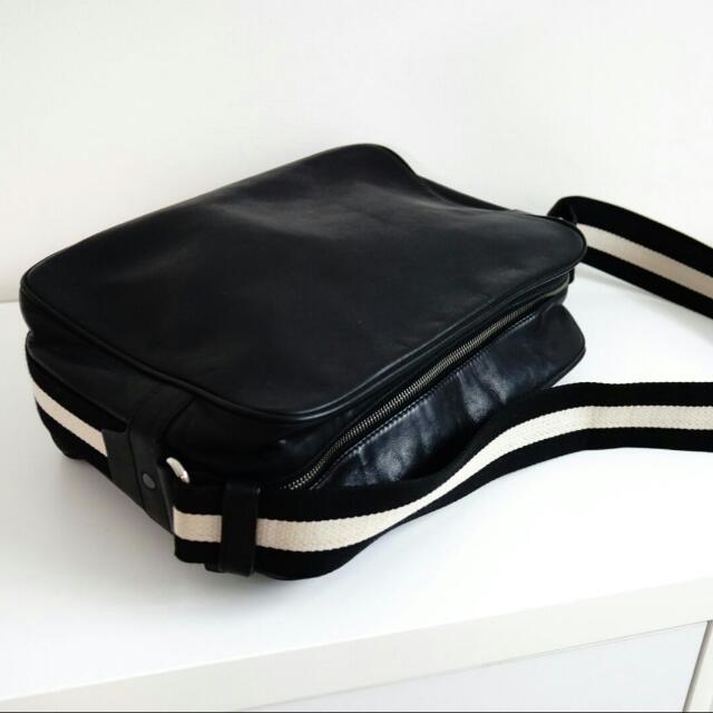 6e3c4c58f19e Bally Calf Leather Black Men s Bag