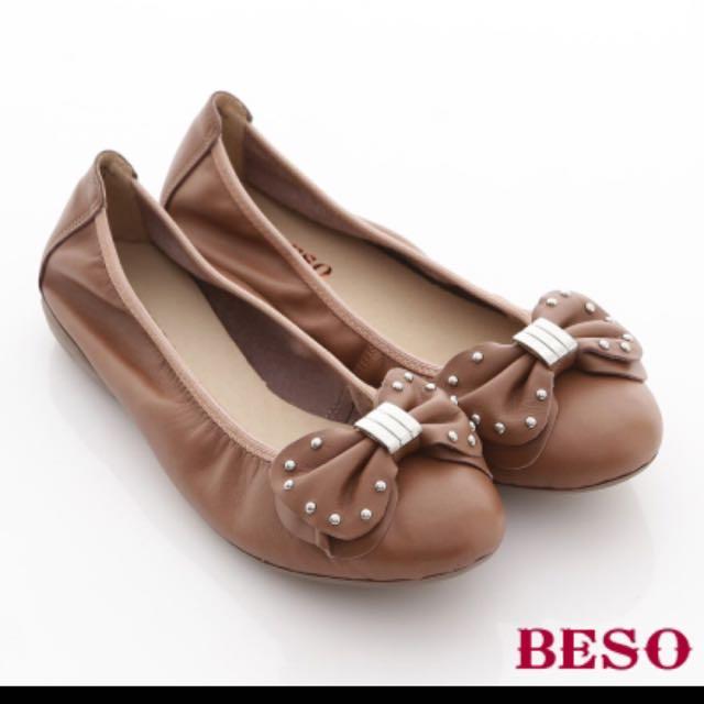 BESO小牛皮娃娃鞋