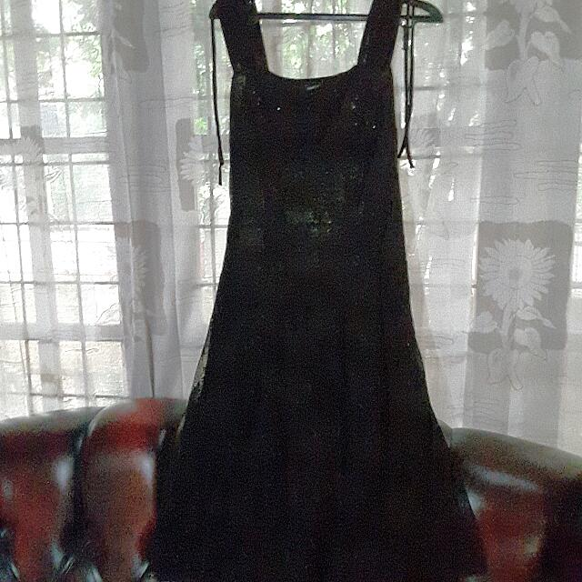"Black Dress "" Showcase"""