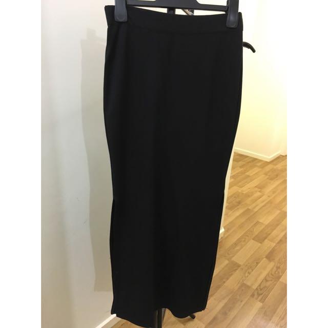 Black Side-Split Skirt
