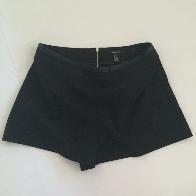 Forever 21 Shorts Size M