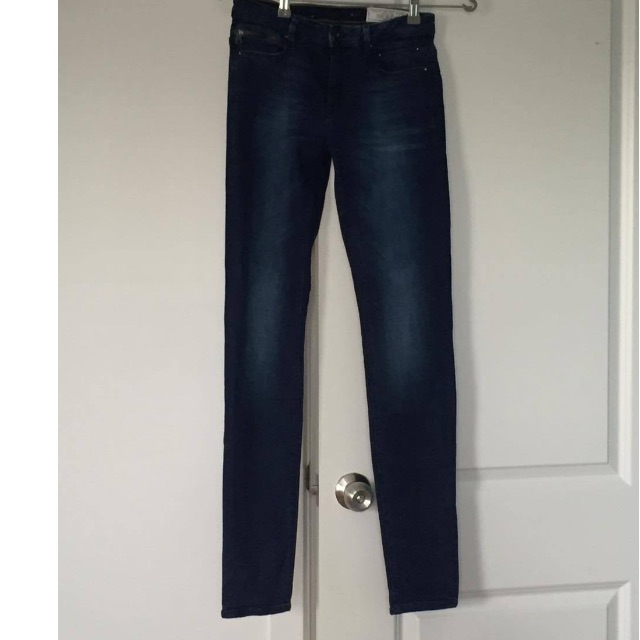 High Slim Fit Jeans