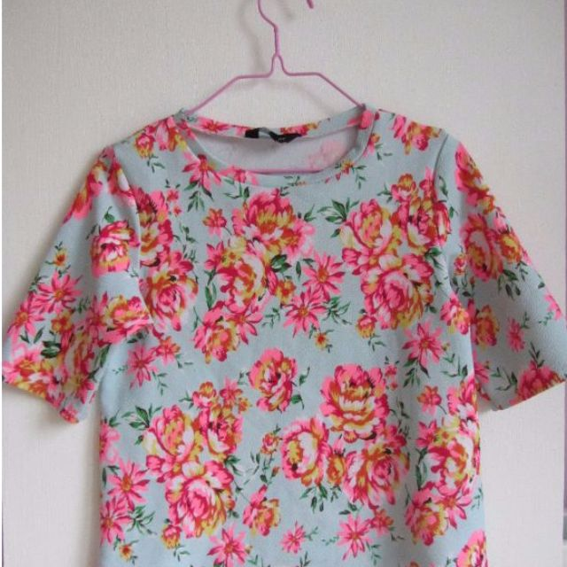 New Look Light Blue & Neon Pink Floral Textured T-Shirt Free Ongkir Ke Jkt, Tangerang Dan Bekasi Only