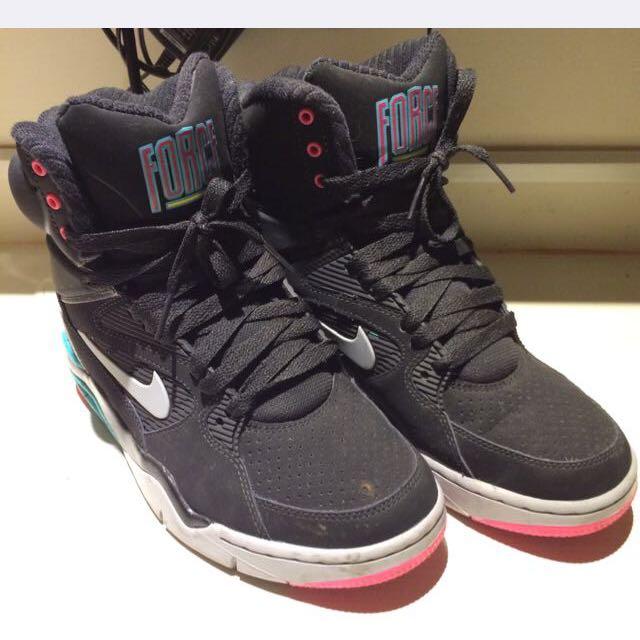 Nike高通潮鞋 24號