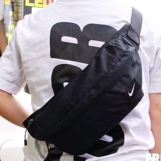 Nike 黑色 腰包 單勾 百搭 休閒 補貨中✔️