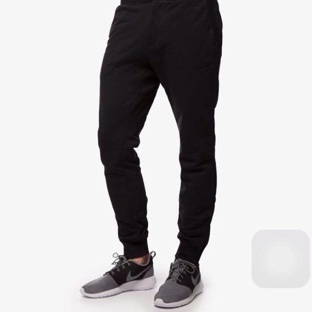 Nike V442 Skinny Joggers