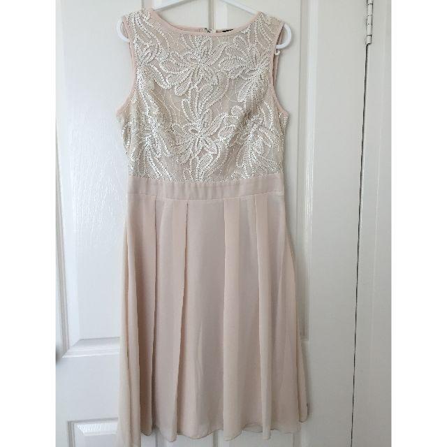 Nude Sequin Dress Size UK 8 /EUR 36 / US 4 / AUS 8