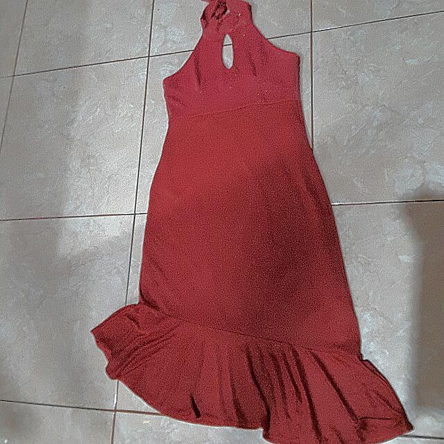 Red Dress Asimetris