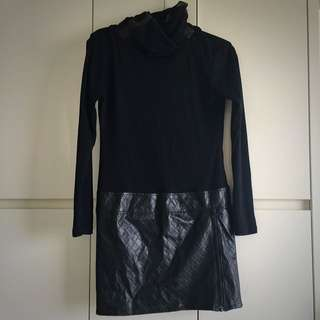 Long Sleeved Black Sexy Roll eco Dress
