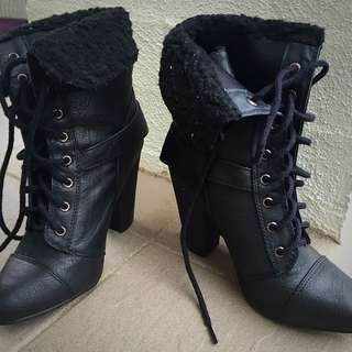 Black High Heel Leather Winter Boots Size 35 5.5