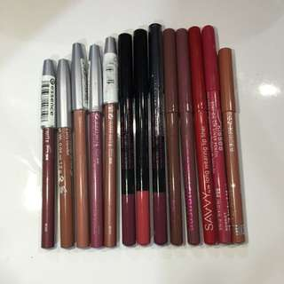 SOLD PENDING / CHEAP ASSORTED LIP LINERS BUNDLE