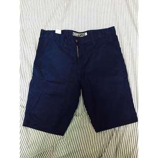男生短褲 非Levis A&F 深藍色 窄版 泰國製