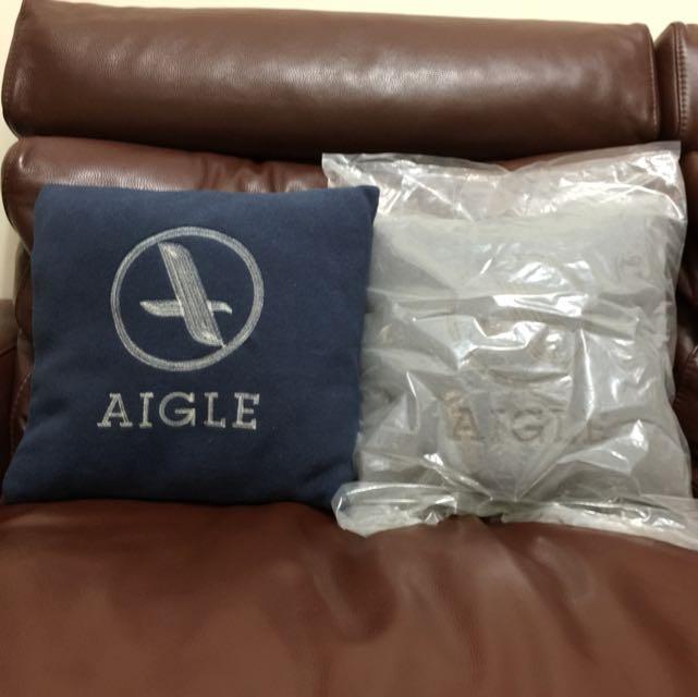 AIGLE 抱枕