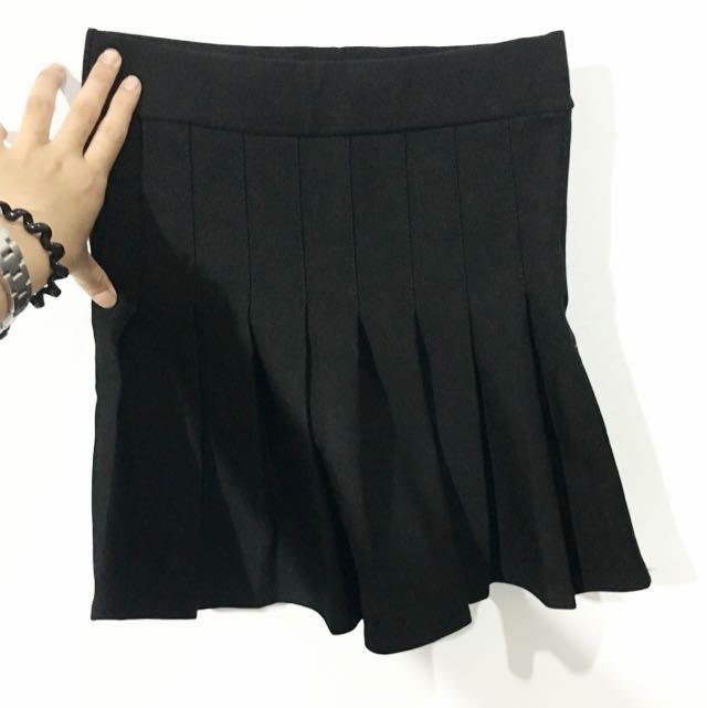 黑色百摺裙(F)