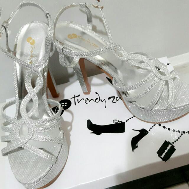 9314f28e0262 Silver Glitter Heels