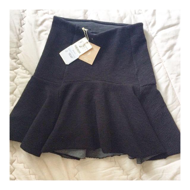 New STADIVARIUS Skirt