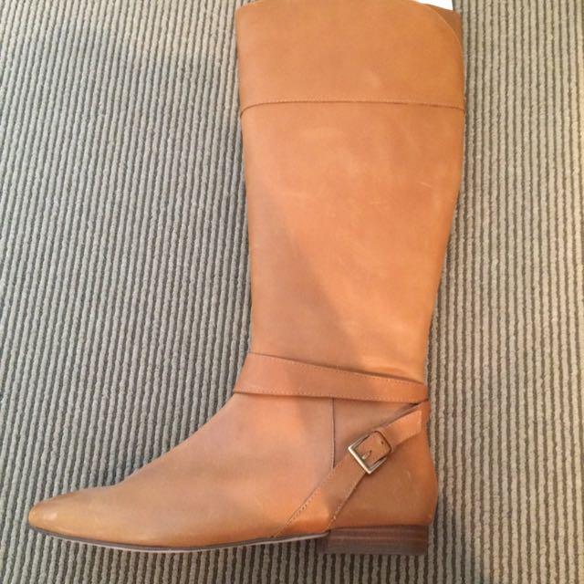 Diana Ferrari Tan Leather Boots