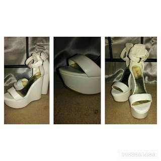Marco Gianni White Wedged Heels