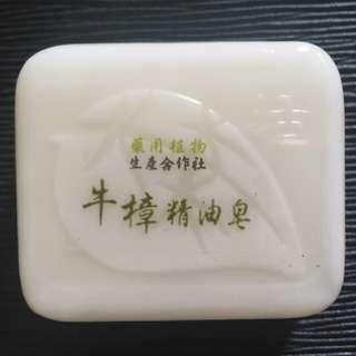 純天然 牛樟精油皂 台灣製造 Made in Taiwan
