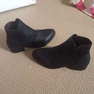 Dotti Boots