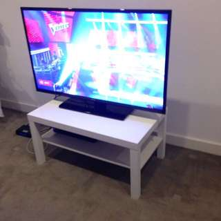 Coffee / TV Table