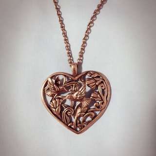 Necklace (bronze)