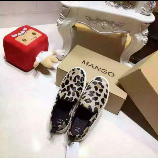 2016 MANGO 新款 襲遍全球的舒適鞋 馬毛款 眾多明星的所愛 ❤ 歐碼 36~41