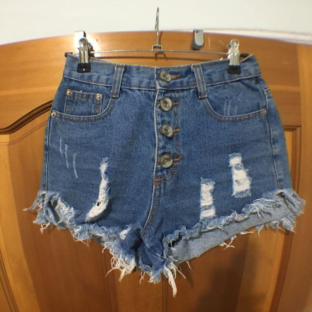 (二手)高腰排釦牛仔短褲