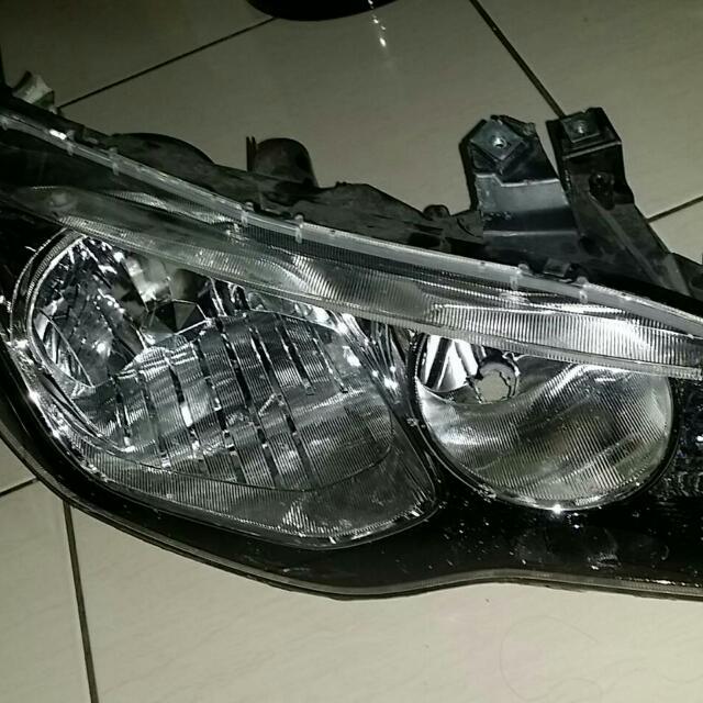 喜美八代 原廠副駕駛座HID頭燈(送駕駛座原廠安定器 )3200含運費