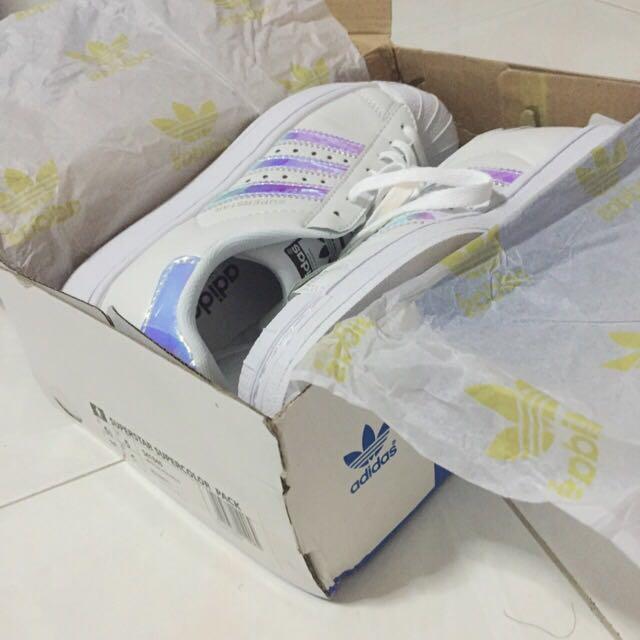 sports shoes 299f1 a1355 adidas superstar white hologram iridescent 1462733072 e47d756d.jpg