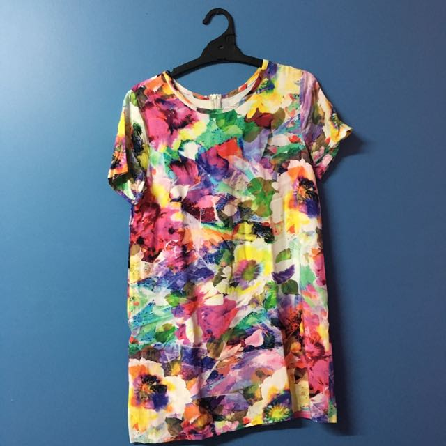FLORAL TSHIRT DRESS