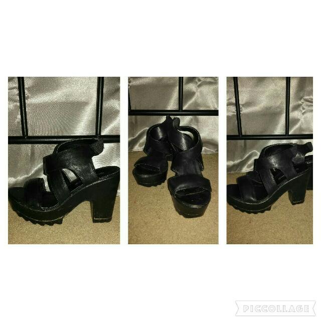 Glassons Black Strappy Heels