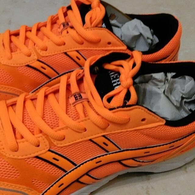 全新亮橘色heroes運動鞋!