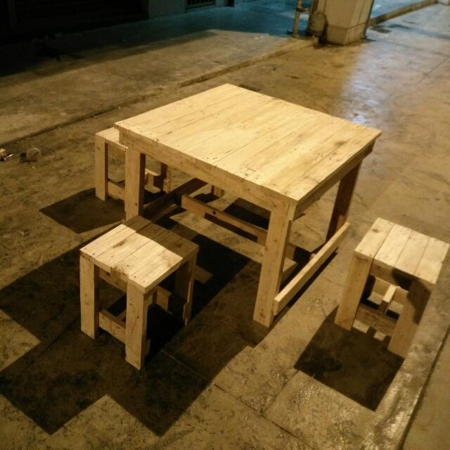 Meja Makan Untuk 4org Bahan Kayu Pallet Boleh Tempah Utk Design Anda Sendiri Cod Dan Penghantaran Sekitar Shah Alam Shja Berminat