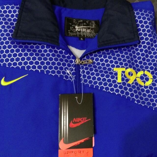 全新Nike T90 寶藍色運動套裝,喜歡可直接私訊出價,標價僅提供參考!