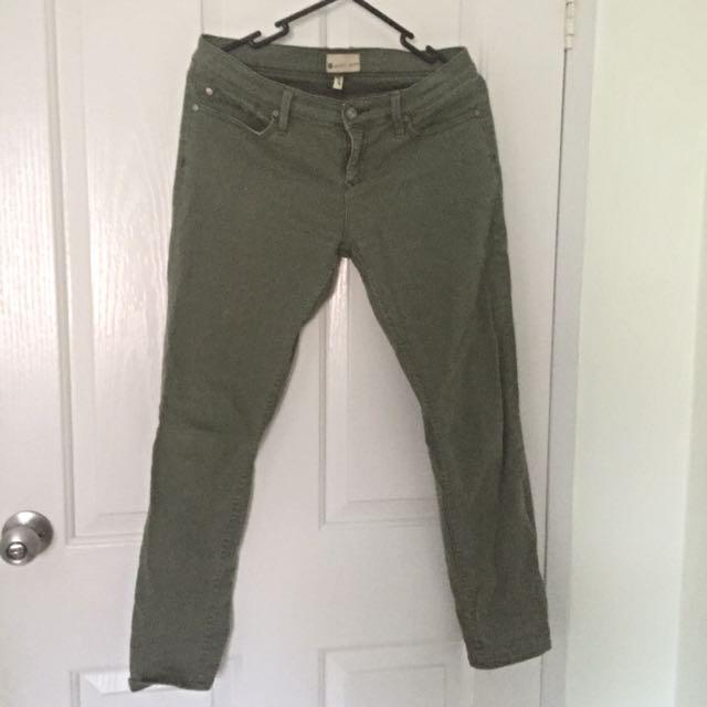 Roxy Olive Jean