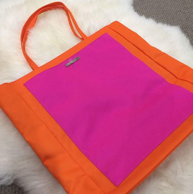 ON HOLD CLINIQUE Shopping Bag
