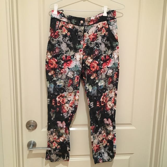 Topshop Floral Print 3-quarter Length Trousers
