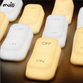🚚 MUID重力感應燈ON-OFF開關燈創意氛圍燈節能臥室床頭餵奶小夜燈