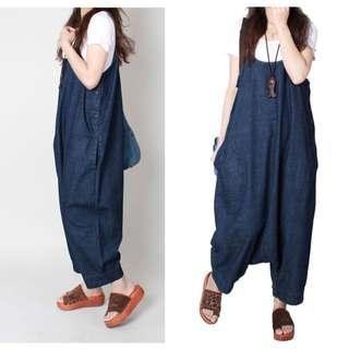 是吊帶裙也是吊帶褲,韓系細肩薄款丹寧牛仔口袋九分鈕釦哈倫吊帶SML,藍【A55H05S1492】
